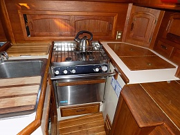 Click image for larger version  Name:Galley.jpg Views:670 Size:424.1 KB ID:188392