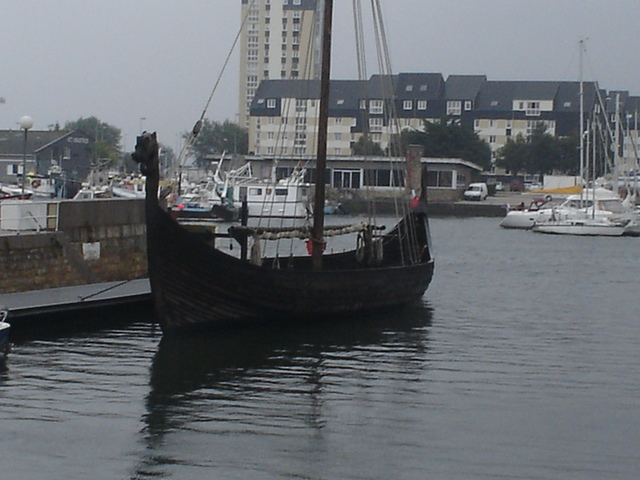 Click image for larger version  Name:August 2010 - Cherbourg 004.JPG Views:98 Size:140.3 KB ID:18968
