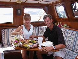 Click image for larger version  Name:3a Pilothouse2.jpg Views:41 Size:101.4 KB ID:192751