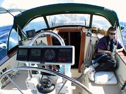Click image for larger version  Name:cockpit-at-sea_7998277324_o.jpg Views:54 Size:94.7 KB ID:192927