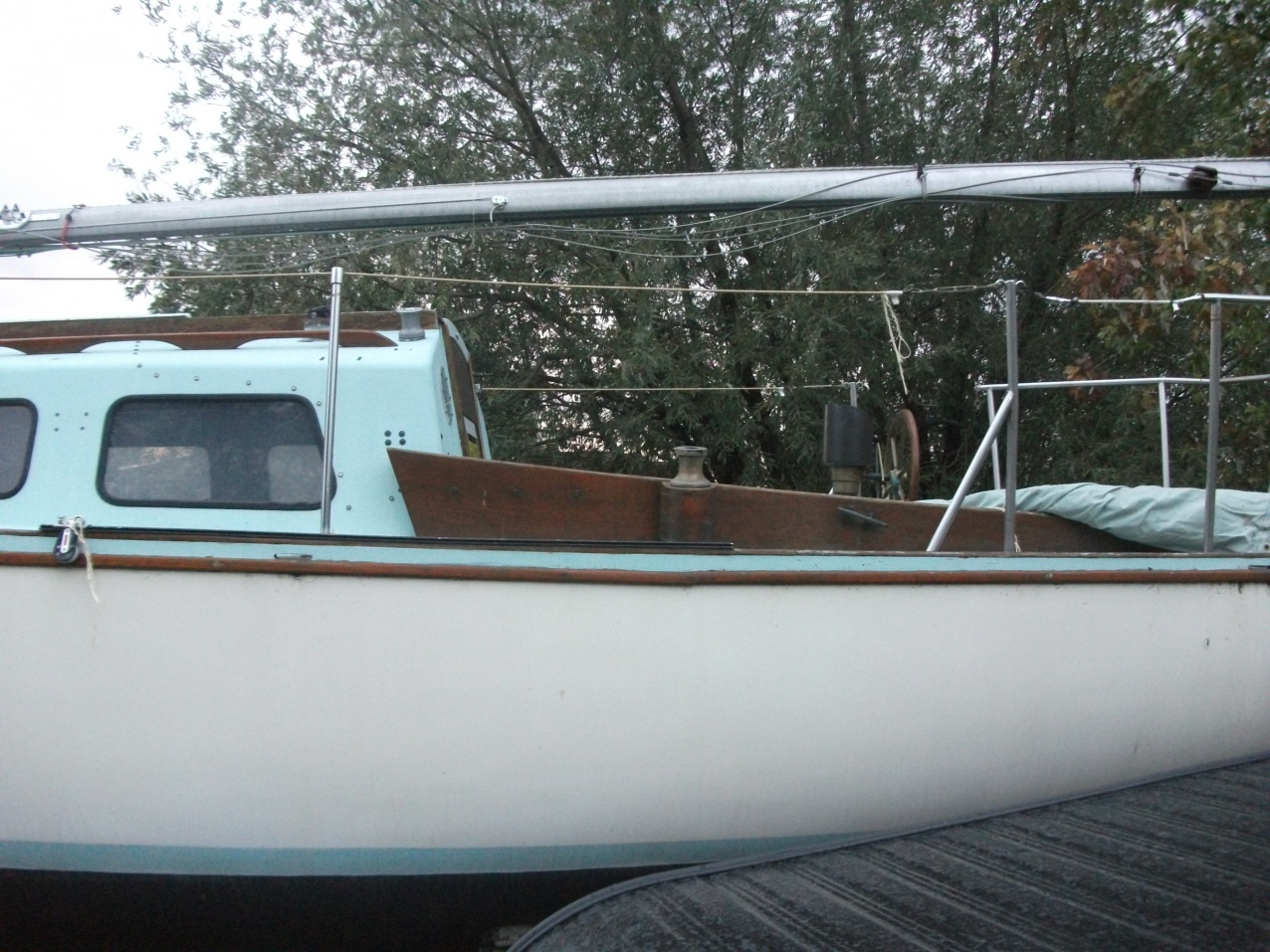 Click image for larger version  Name:boat 036.jpg Views:88 Size:433.5 KB ID:19405