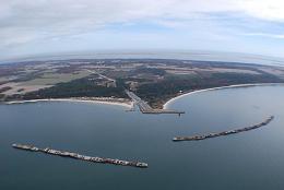 Click image for larger version  Name:Kiptopeke sunken ships.jpg Views:155 Size:42.9 KB ID:199048