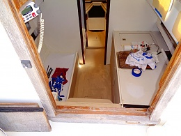 Click image for larger version  Name:interior3.jpg Views:54 Size:417.1 KB ID:201079