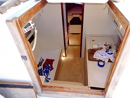 Click image for larger version  Name:interior1.jpg Views:19 Size:408.9 KB ID:201330