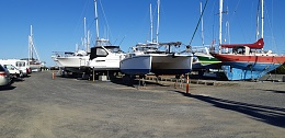 Click image for larger version  Name:Boat, Ready to lift mast, 006.jpg Views:50 Size:402.7 KB ID:202044