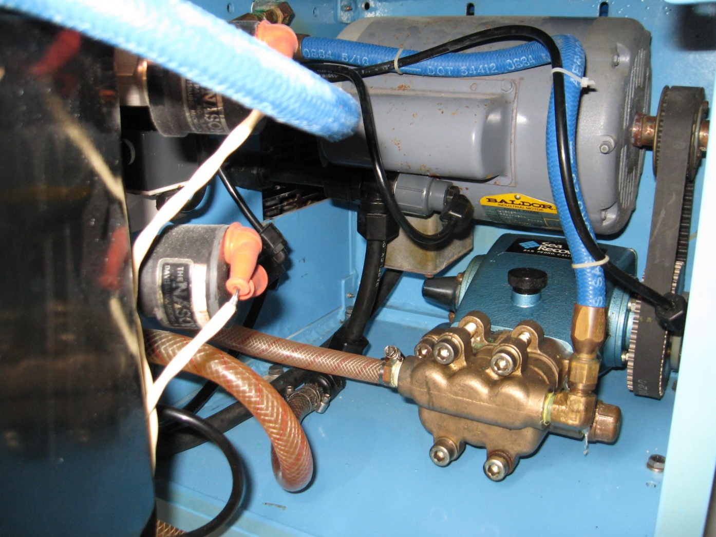 Click image for larger version  Name:Watermaker1.jpg Views:77 Size:425.4 KB ID:20445