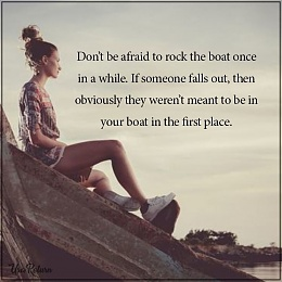 Click image for larger version  Name:boat rock 02.jpg Views:224 Size:64.9 KB ID:204482
