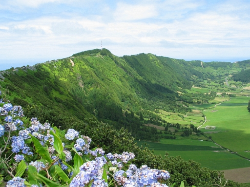 Click image for larger version  Name:azores.jpg Views:84 Size:181.0 KB ID:20478