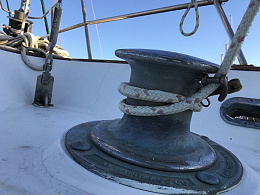Click image for larger version  Name:windlass.jpg Views:26 Size:424.2 KB ID:207579