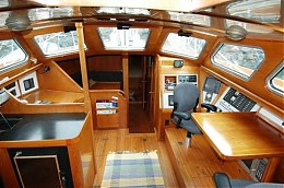 Click image for larger version  Name:ywpilothouse.jpg Views:135 Size:55.8 KB ID:2171