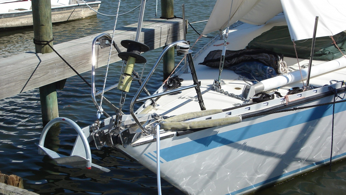 Click image for larger version  Name:Bow Rails.jpg Views:181 Size:425.7 KB ID:21716