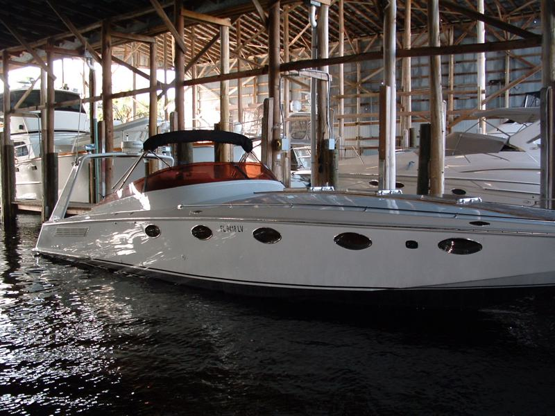 Click image for larger version  Name:boat 1.jpg Views:200 Size:92.8 KB ID:21919