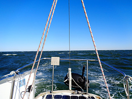 Click image for larger version  Name:B27 Downwind +25 knots.jpg Views:14 Size:447.8 KB ID:221202