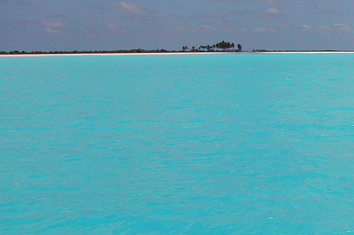 Click image for larger version  Name:Barbuda Turquoise-low.jpg Views:354 Size:96.8 KB ID:22396