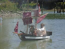 Click image for larger version  Name:Pirate Ship Mini.jpg Views:174 Size:269.4 KB ID:225168