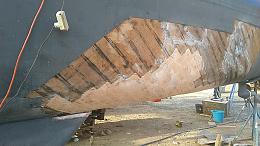 Click image for larger version  Name:Hull Repair.jpg Views:170 Size:67.6 KB ID:225429