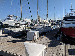 Click image for larger version  Name:boat1.jpg Views:419 Size:217.4 KB ID:227272
