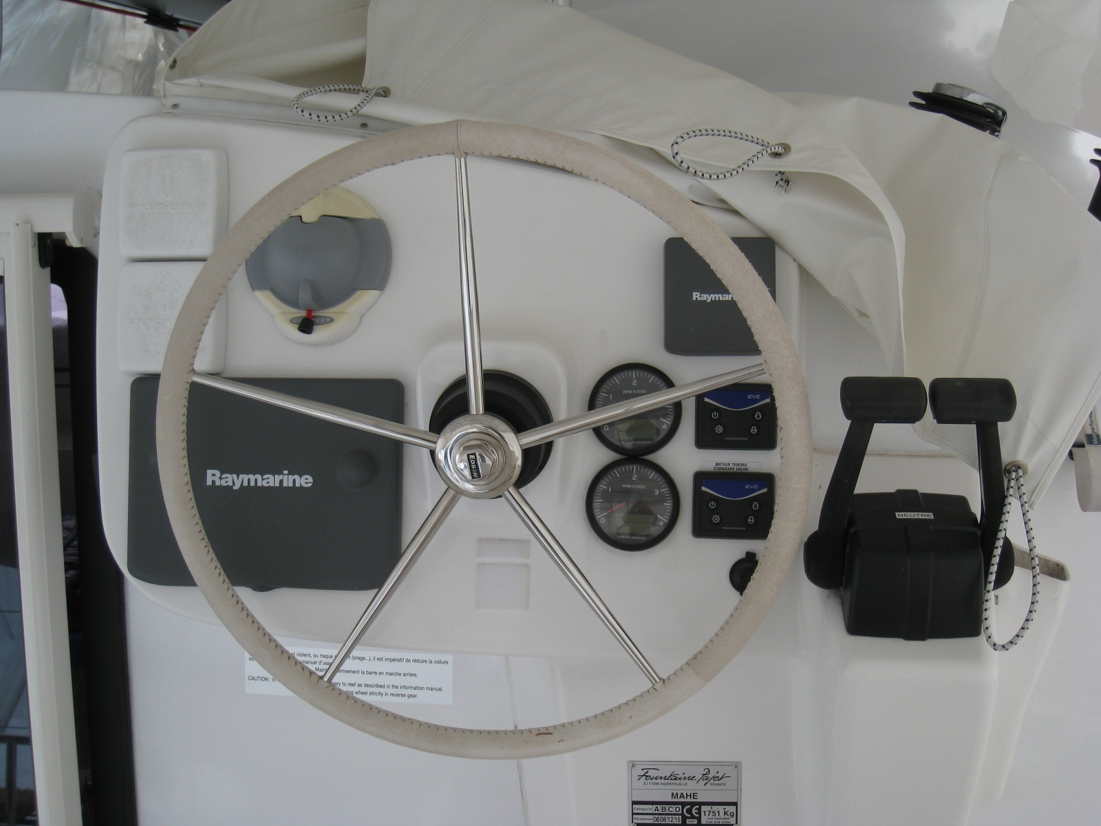 Click image for larger version  Name:new additions to boat 008.jpg Views:280 Size:392.1 KB ID:23141