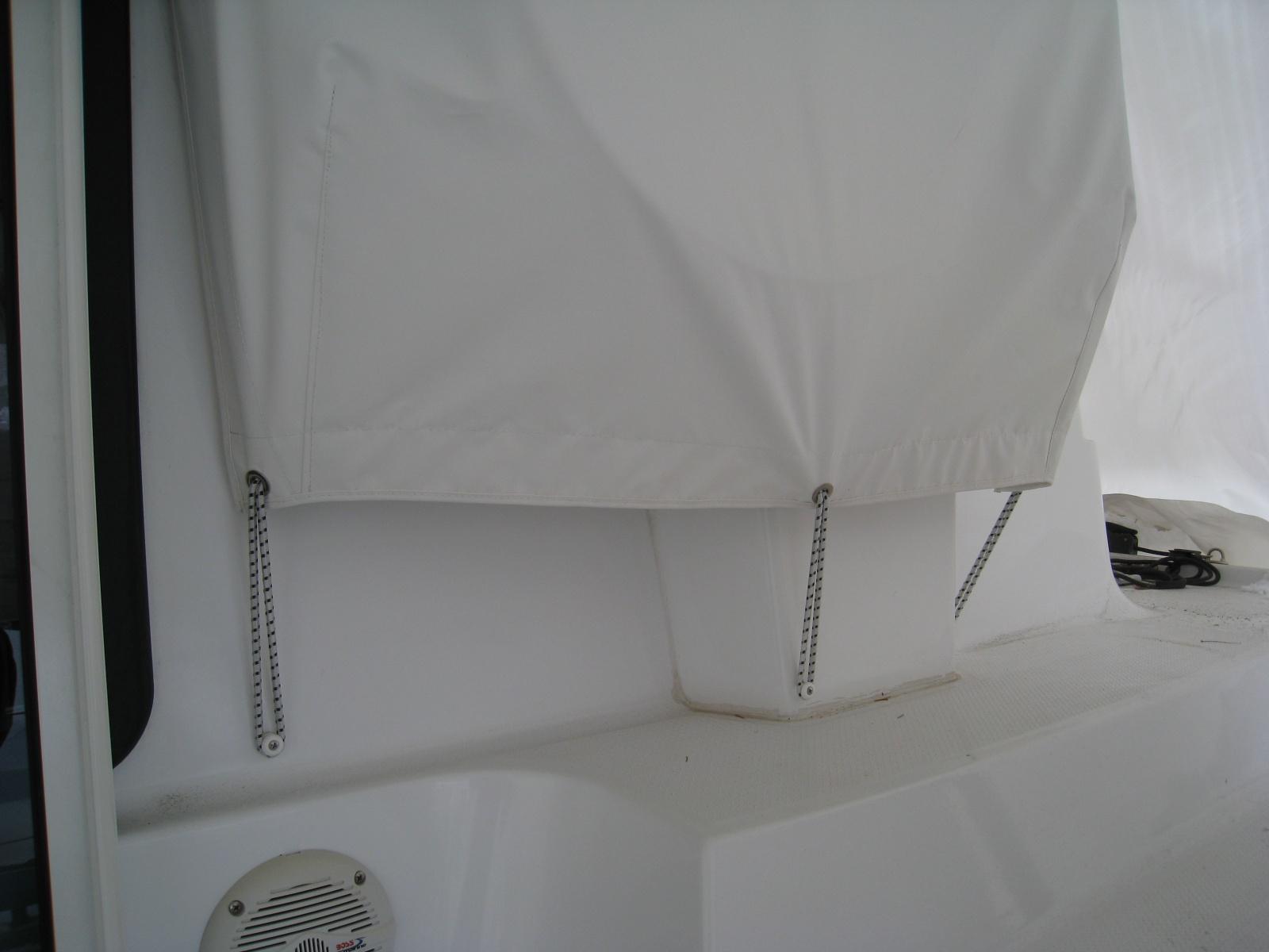 Click image for larger version  Name:new additions to boat 010.jpg Views:249 Size:305.4 KB ID:23143