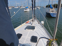 Click image for larger version  Name:Foredeck.jpg Views:217 Size:428.8 KB ID:233180