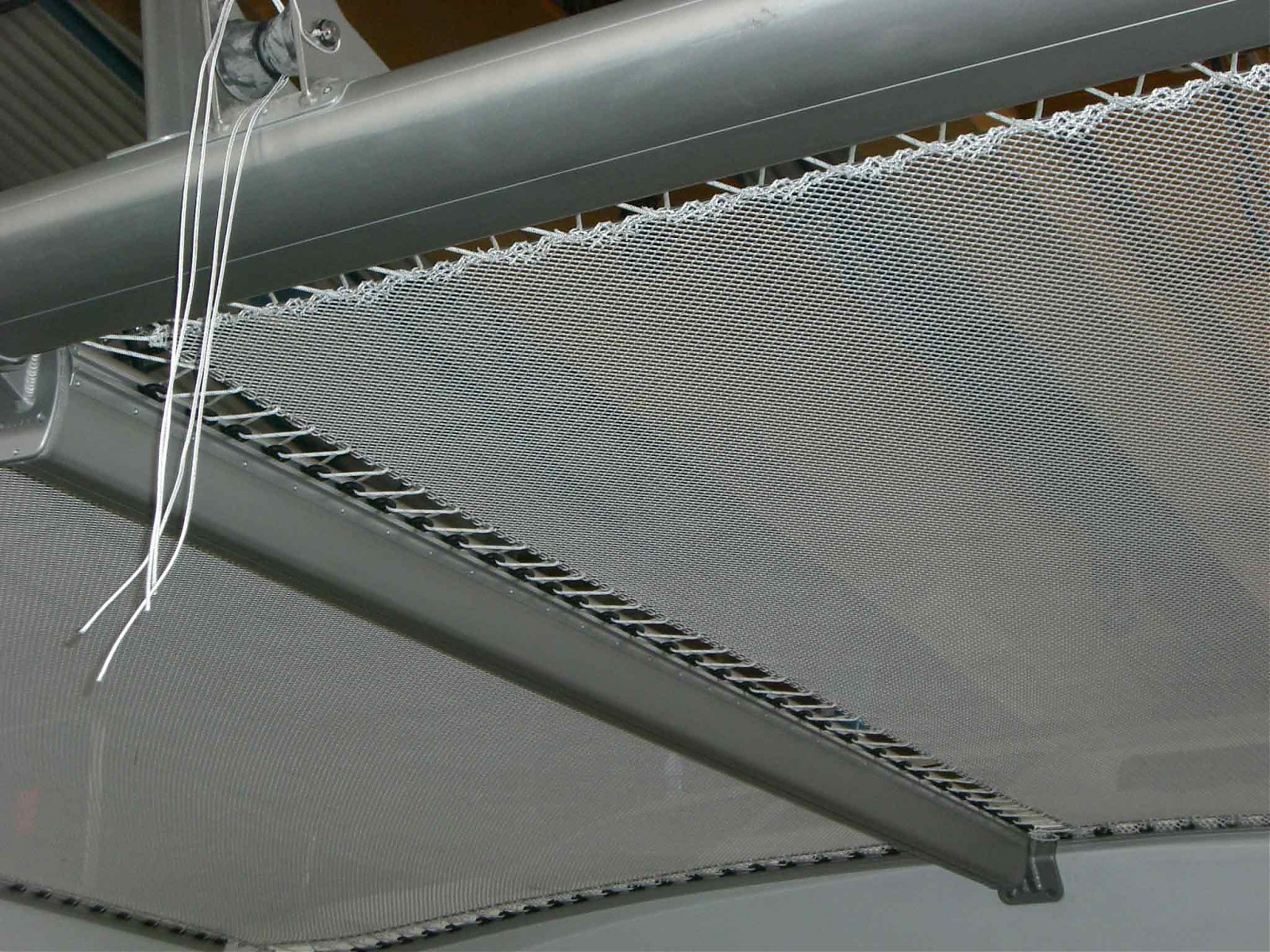 Click image for larger version  Name:Dyneema attachment6.jpg Views:329 Size:580.0 KB ID:2339