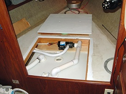 Click image for larger version  Name:Holding Tank in Place 2.jpg Views:4100 Size:421.6 KB ID:23472