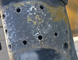 Click image for larger version  Name:Mast Corrosion 2.jpg Views:56 Size:280.4 KB ID:238493