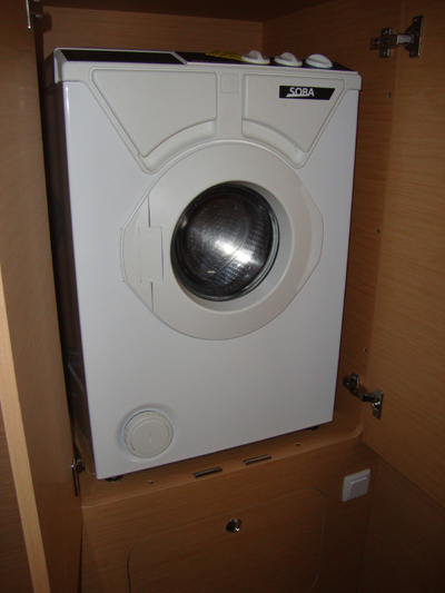 Click image for larger version  Name:Washing machine.jpg Views:131 Size:187.1 KB ID:24086