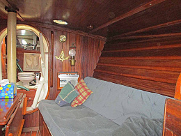 Click image for larger version  Name:main cabin - sb side.jpg Views:45 Size:111.4 KB ID:243075