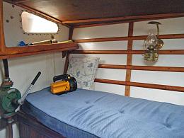 Click image for larger version  Name:aft cabin - forward sb.jpg Views:34 Size:95.7 KB ID:243077
