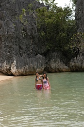 Click image for larger version  Name:Grotto DSC_0069.jpg Views:368 Size:359.5 KB ID:24419