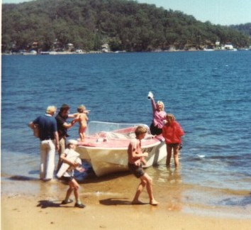 Click image for larger version  Name:Pittwater small.jpg Views:83 Size:33.5 KB ID:2531