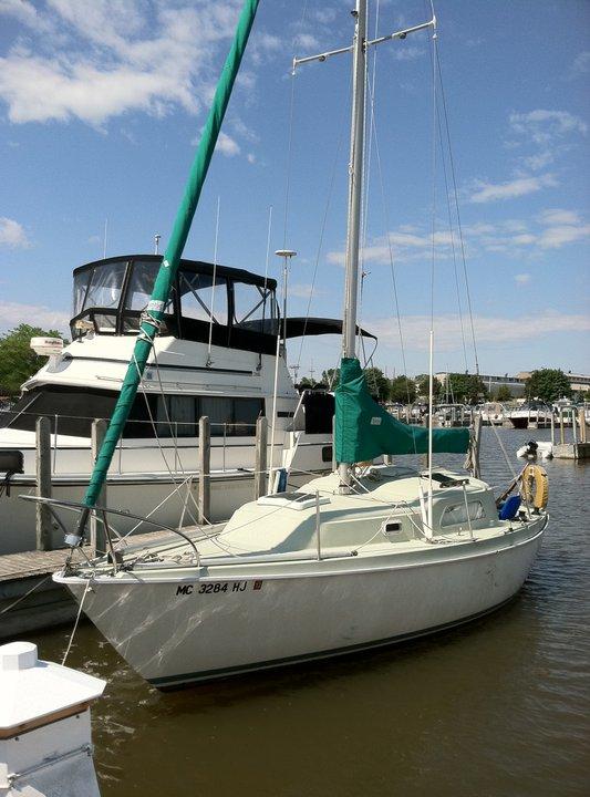 Click image for larger version  Name:uncle skips sailboat.jpg Views:149 Size:79.4 KB ID:28782