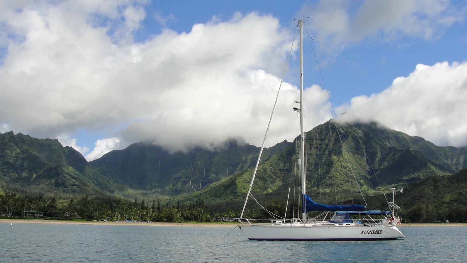 Click image for larger version  Name:klondike at Hanalei Bay Hawaii.jpg Views:335 Size:344.4 KB ID:29131