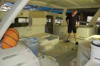 Click image for larger version  Name:helm-cockpit-web.jpg Views:175 Size:7.7 KB ID:29883