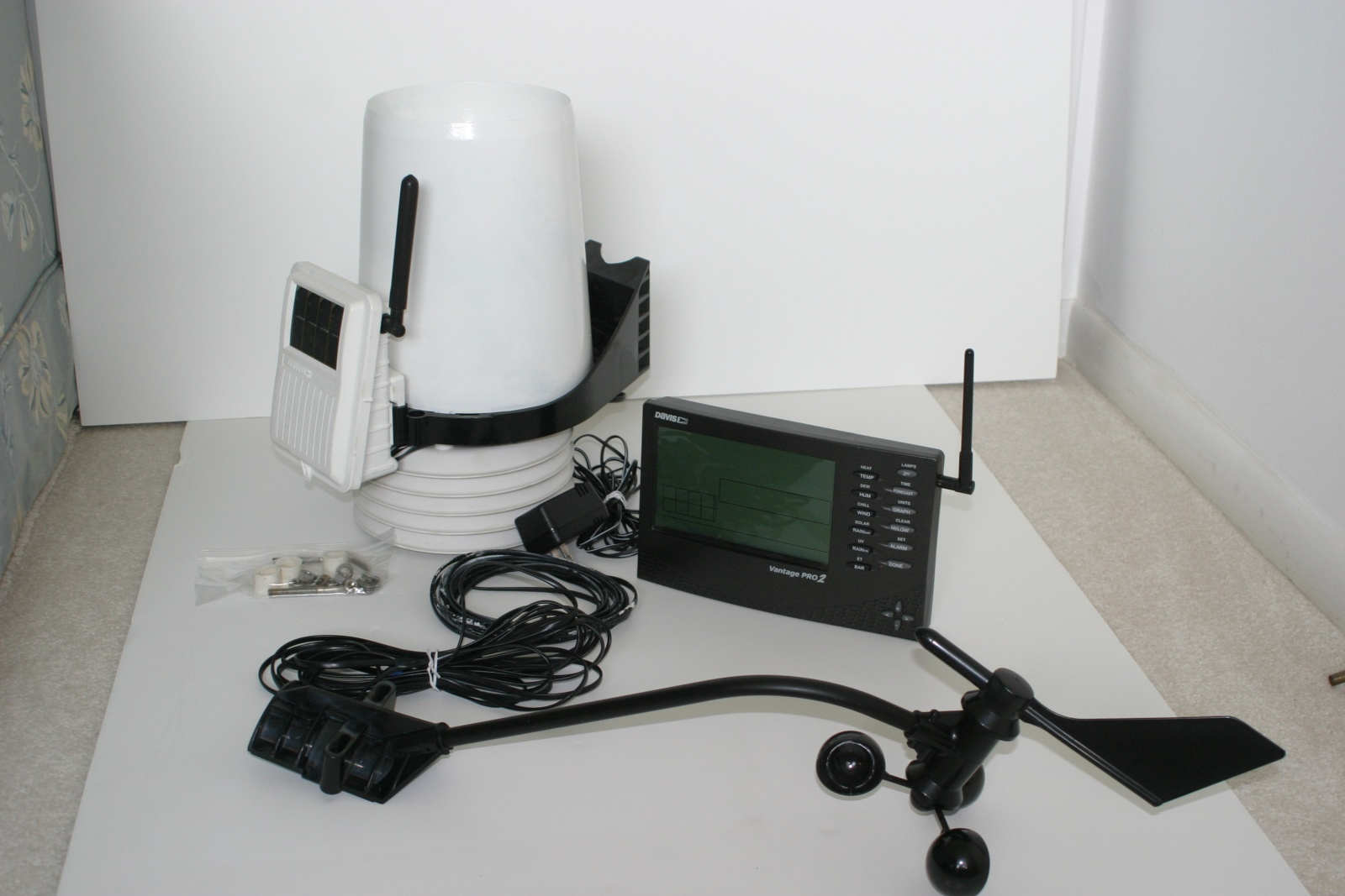 Click image for larger version  Name:weather station components.jpg Views:126 Size:311.6 KB ID:30289