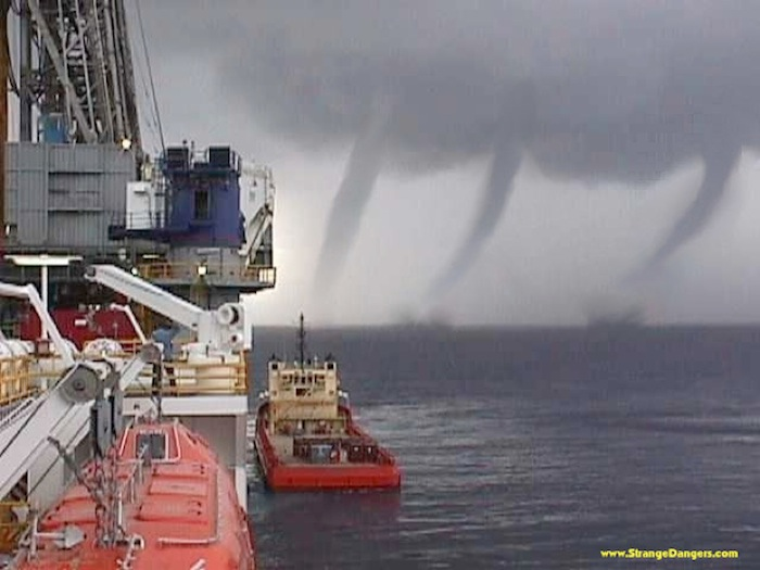 Click image for larger version  Name:stormopz.003-001.jpg Views:404 Size:89.6 KB ID:30734