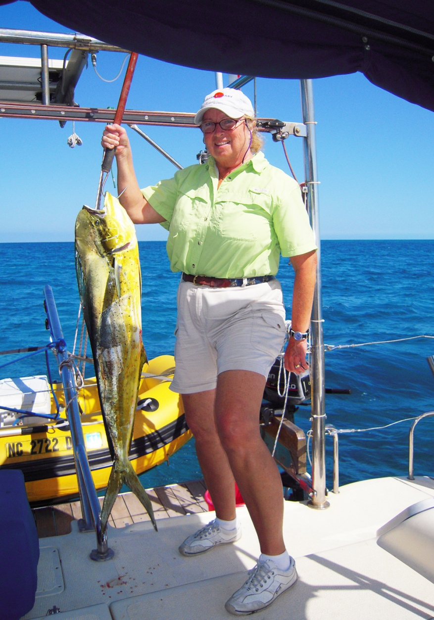 Click image for larger version  Name:Lynn with Mahi Small.jpg Views:119 Size:385.1 KB ID:32133