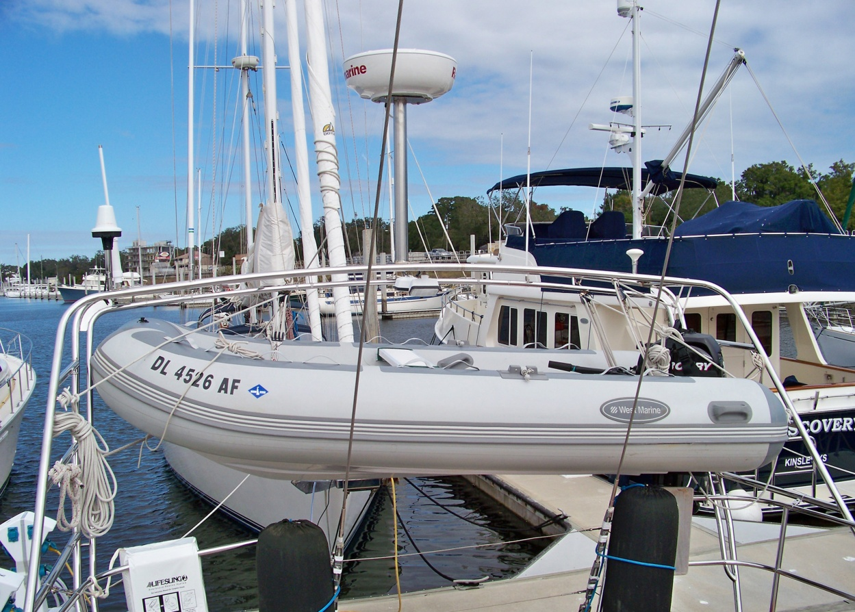 Click image for larger version  Name:dinghy1.jpg Views:169 Size:437.4 KB ID:33775