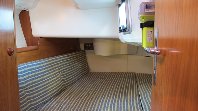 Click image for larger version  Name:Aft Cabin.jpg Views:280 Size:94.7 KB ID:34432