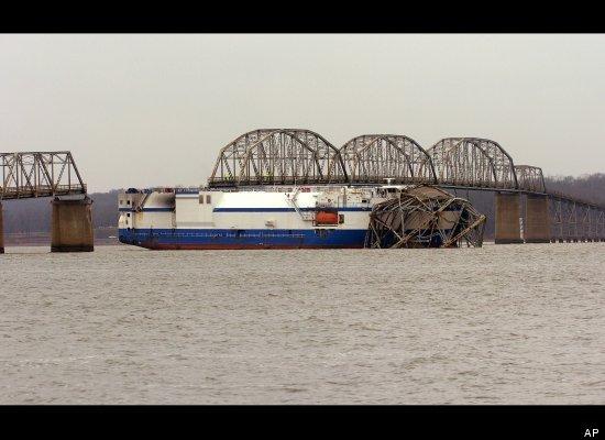 Click image for larger version  Name:bridge wreck.jpg Views:275 Size:38.1 KB ID:36498