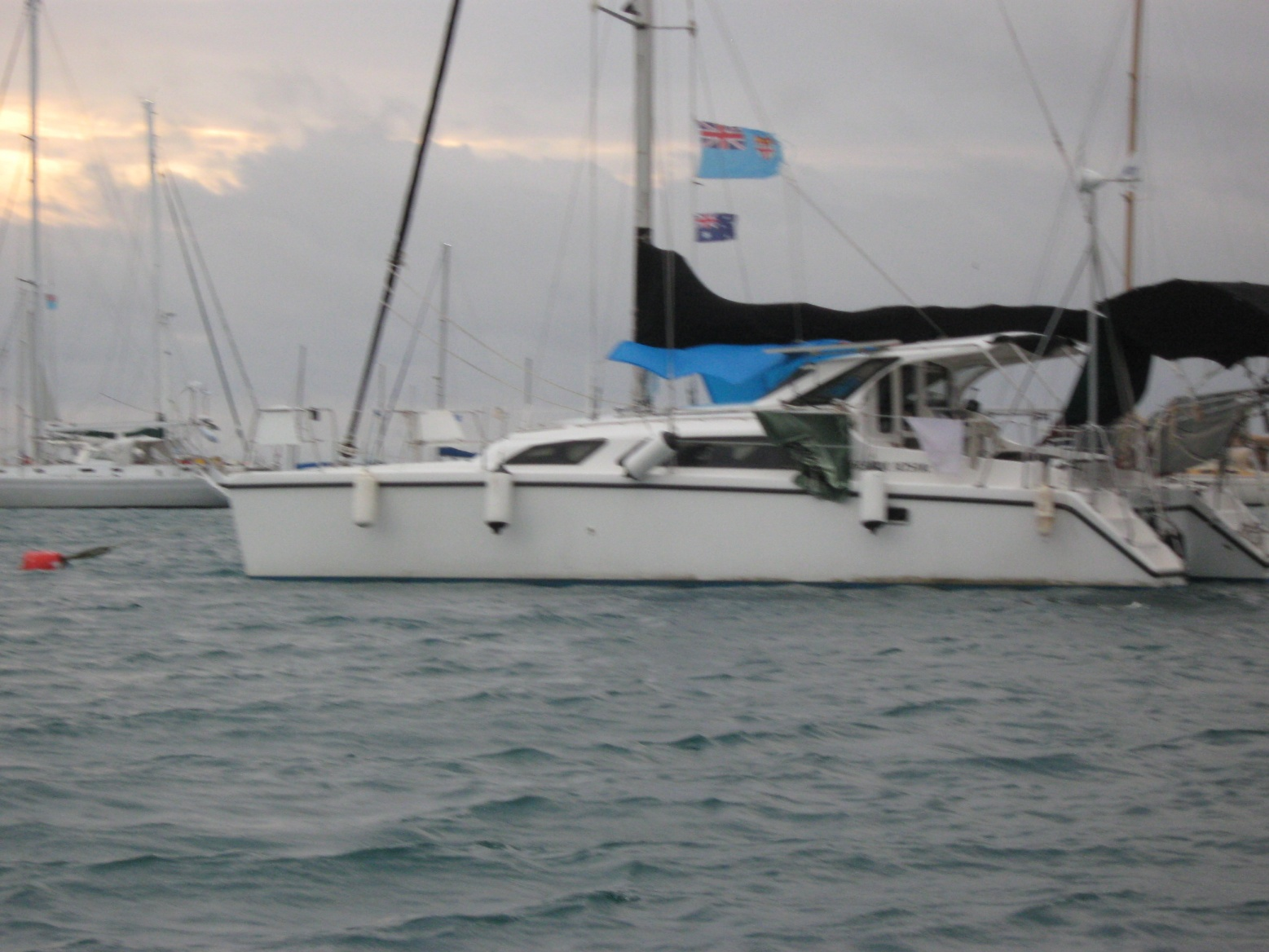 Click image for larger version  Name:Heathers piccys Fiji Sailchute Boat Us 308.jpg Views:107 Size:401.6 KB ID:37039