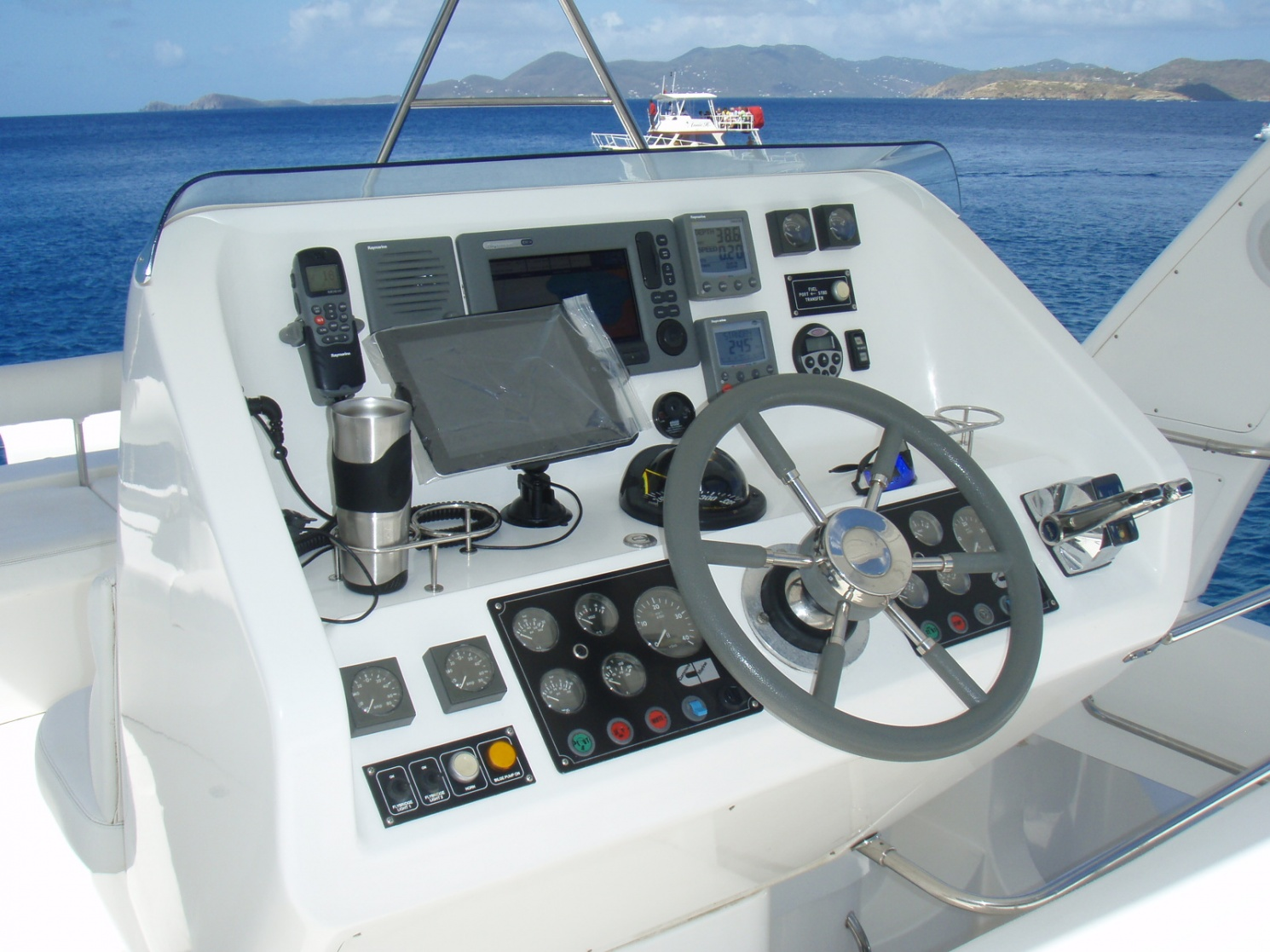 Click image for larger version  Name:iPad_at Helm.jpg Views:443 Size:400.9 KB ID:38471