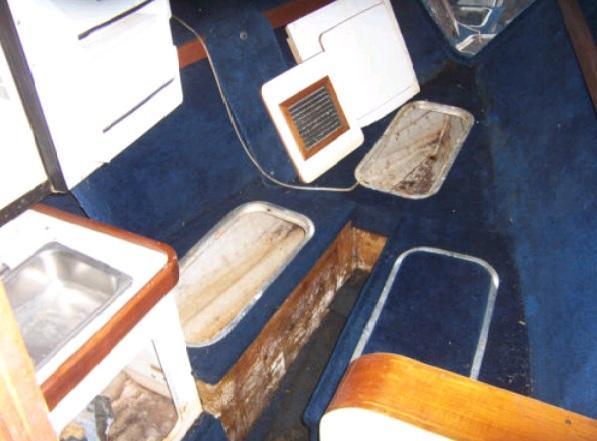 Click image for larger version  Name:cabin damage.jpg Views:109 Size:79.9 KB ID:38927