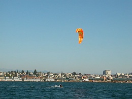 Click image for larger version  Name:kiteboard3.JPG Views:72 Size:68.6 KB ID:39101