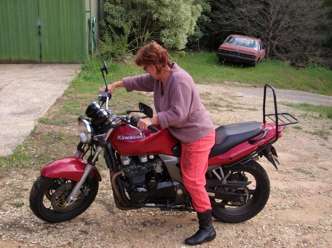 Click image for larger version  Name:My Jeep Patriot, new bike, Falls creek, Leg bruises 002.jpg Views:111 Size:446.7 KB ID:39607