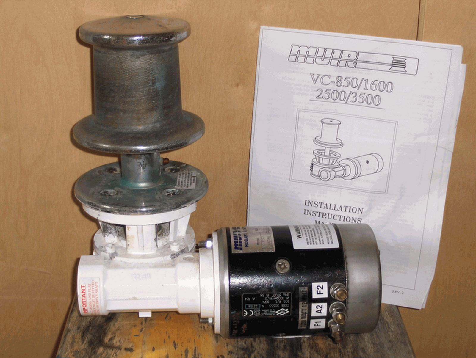 Click image for larger version  Name:windlass.jpg Views:116 Size:217.7 KB ID:40212