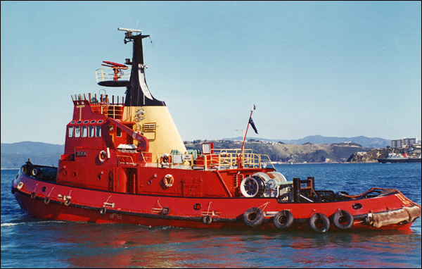 Click image for larger version  Name:toia_tug_01.jpg Views:69 Size:82.9 KB ID:4063