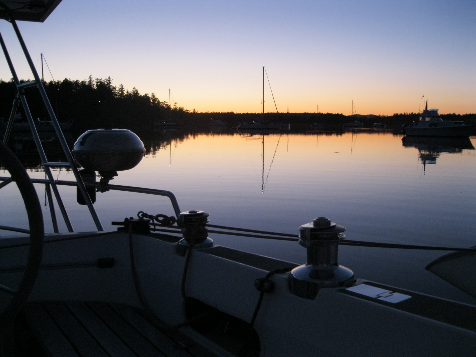 Click image for larger version  Name:boat pics 2010 054.jpg Views:208 Size:395.0 KB ID:40839