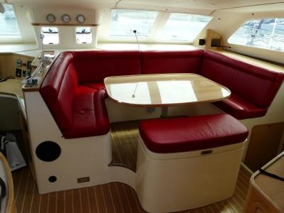 Click image for larger version  Name:GC445 Saloon U-seat.JPG Views:162 Size:78.0 KB ID:41516